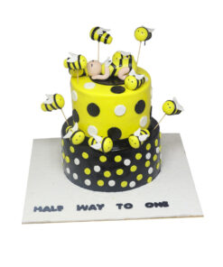 Honey Bee Cake by bakisto