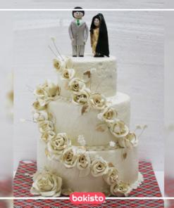 Golden Flowers Anniversary Cake