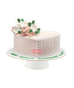 heart shape cake, online cake delivery in lahore
