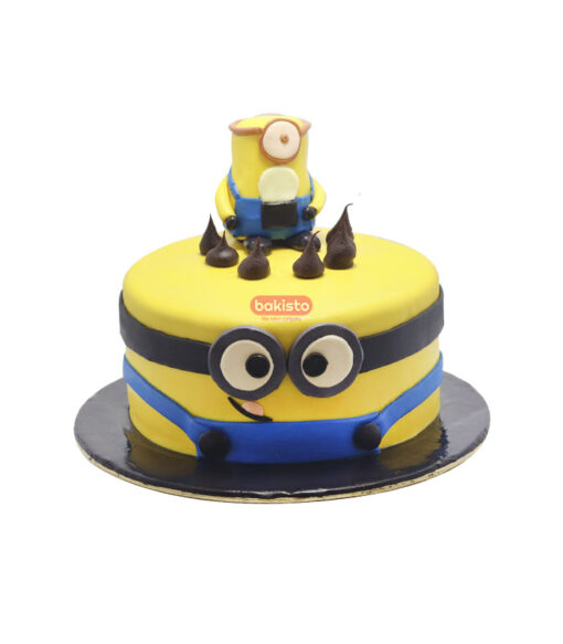 Minion Theme Fondant Cake