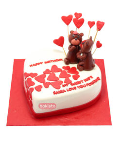 heart teddy bear cake