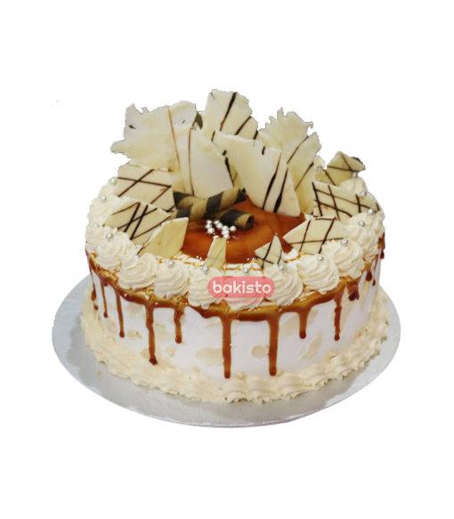 Caramel Cake with White Chocolate