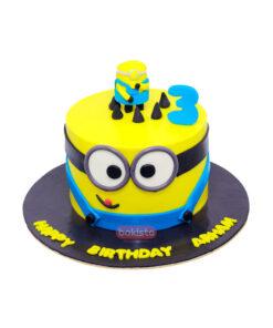 One Minion Cake