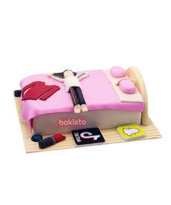 Pink Makeup & Tiktok Cake